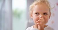 Coba Tenang ya, Ini 5 Cara Mengeluarkan Benda Asing dari Hidung Anak