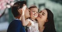 Kehidupan Orangtua Gaya Mengasuh Anak Berbeda