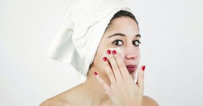 Cegah Penuaan Dini, Ketahui Fungsi Eye Cream Sebelum Menggunakan