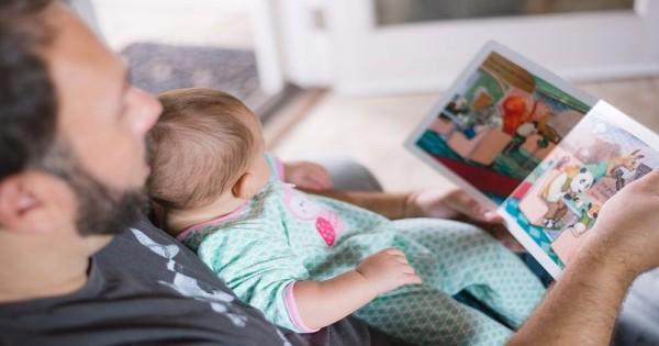 Membaca untuk Bayi Banyak Manfaatnya, Ma! | Popmama.com