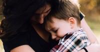 5 Alasan ini Bikin Kamu Berhenti Hakimi Orangtua Anak Tantrum