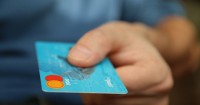 2. Pisahkan dana dalam rekening khusus