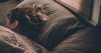 5. Tidak tidur larut malam