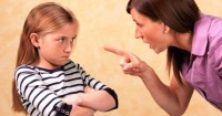 2. Orangtua dipandang berbeda oleh anak