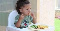 5 Langkah Mengatasi Bayi Susah Makan