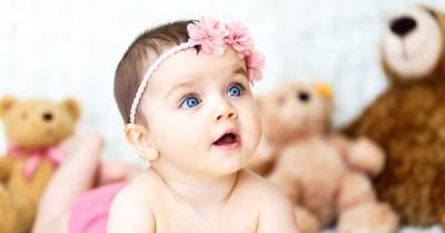 6 Kegiatan untuk Meningkatkan Kemampuan Kognitif Bayi 3-6 Bulan