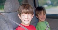 6. Aturan dalam mobil
