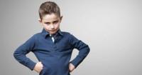 4. Anak memiliki masalah emosi masa kanak-kanak