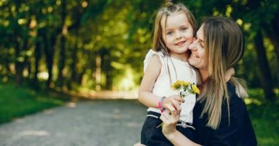 Jangan Berlebihan, 9 Cara Efektif Memuji Anak dengan Tepat