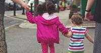 7 Aturan Penting Demi Menjaga Keselamatan Anak Mama Jalan Raya