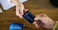 4. Manfaatkan kartu kredit