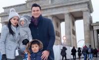 3. Melakukan traveling bersama anak
