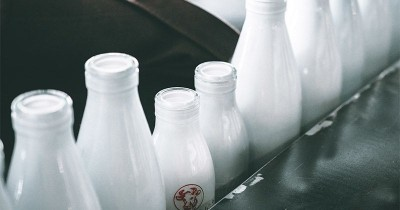 Dampak Buruk Terlalu Banyak Minum Susu UHT Balita