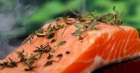 8. Ikan kemasan kaleng