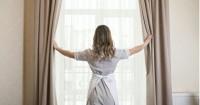 5 Cara Membersihkan Gorden Tepat