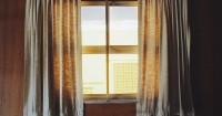 5. Tutup jendela tirai