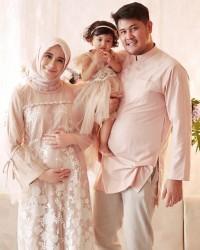 1. Ryana Dea sempat tidak percaya hamil anak kedua