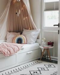 2. Pilih tempat tidur model basic
