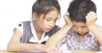 Jangan Dimarahi Saat Anak Tidak Naik Kelas, Begini Cara Menghadapinya
