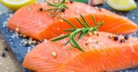 12. Ikan salmon