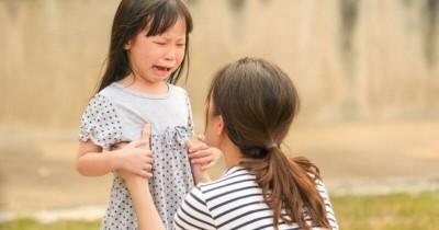Membantu Anak Move On Setelah Kehilangan Orang yang Disayangi