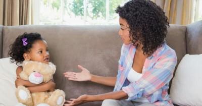 10 Cara Efektif Mendorong Anak Autisme Berbicara