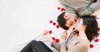 1. Awali foreplay menggairahkan
