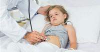 6 Tanda Sakit Perut Anak Menjadi Serius, Jangan Disepelekan