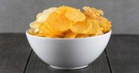 5. Makanan ringgan tinggi garam