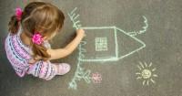 3. Buat rumah ramah anak