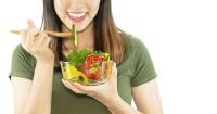 1. Perbanyak konsumsi vitamin C