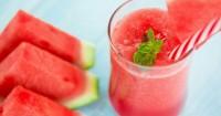 5. Semangka, stroberi, bayam merah