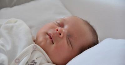 15 Ide Kado Bayi Laki-laki Baru Lahir, Sebaiknya Memberi Apa Ya?