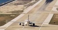 Bayi Tertinggal Bandara, Sang Mama Minta Pilot Putar Balik