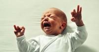 8. Si Bayi mendapat mimpi buruk