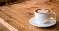 9. Kurangi kebiasaan konsumsi kafein