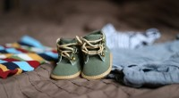3. Sepatu kaos kaki