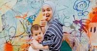 Demi Perkembangan Khawla, Tantri Namirah Selalu Merapikan Mainan Anak
