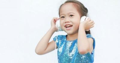 Cara Belajar Gaya Auditori untuk Anak 4-5 Tahun
