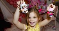 5 Video Unboxing LOL Surprise, Bermanfaatkah Mainan Ini Anak