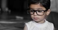 Kenapa Banyak Anak Balita Sudah Pakai Kacamata