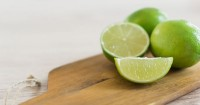 3. Manfaatkan jeruk purut obat kuat alami aman