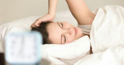 5 Ragam Masalah Kulit Wajah Sering Terjadi Setelah Bangun Tidur