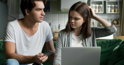 5 Cara Tepat Mengatasi Pertengkaran Masalah Keuangan Suami