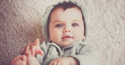 Baby Milestone: Pentingnya Kemampuan Menunjuk pada Bayi