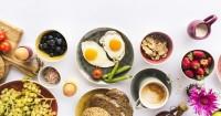 1. Jenis makanan dikonsumsi merangsang hormon tidur