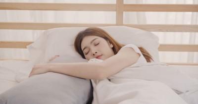 Tidur Lebih Nyenyak, Ini 7 Jenis Bantal Khusus Ibu Hamil