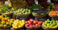 1. Makan makanan kaya antioksidan