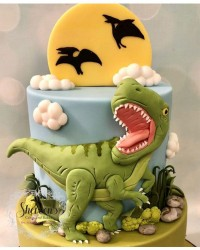 1. Kue ulang tahun dinosaurus