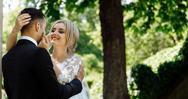 11 Kata Romantis Untuk Suami Agar Tetap Intim Popmamacom